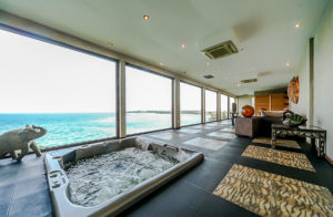 Boracay Villa For Rent - Spa Bathtub