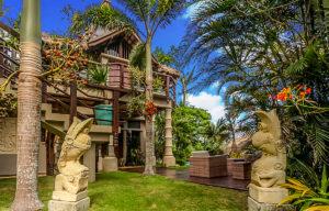 Denpasar Boracay Villa For Rent - Garden